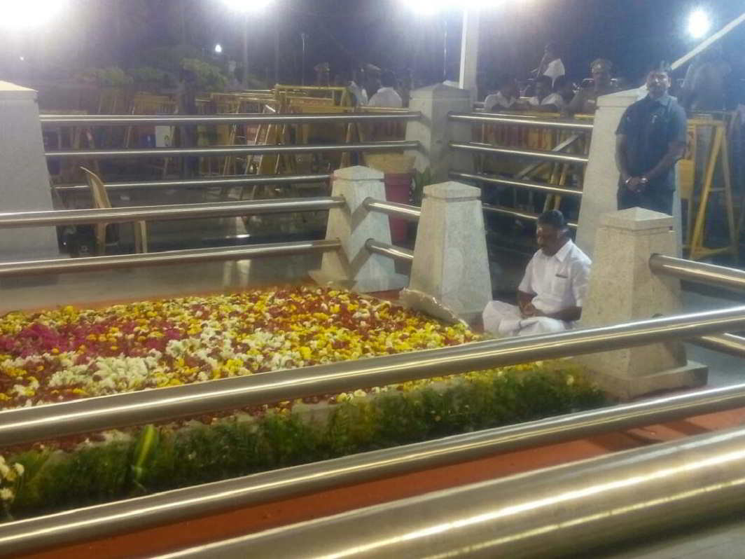 O Panneerselvam meditating at Jayalalithaa's memorial in Chennai