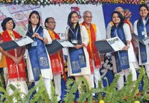 Gujarat Governor OP Kohli (centre) with students at a university during an academic conclave in Ahmedabad. Photo: UNI