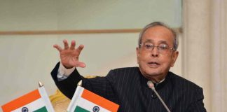 By pushing for Hindi, Pranab Mukherjee gave out a message of chauvinism