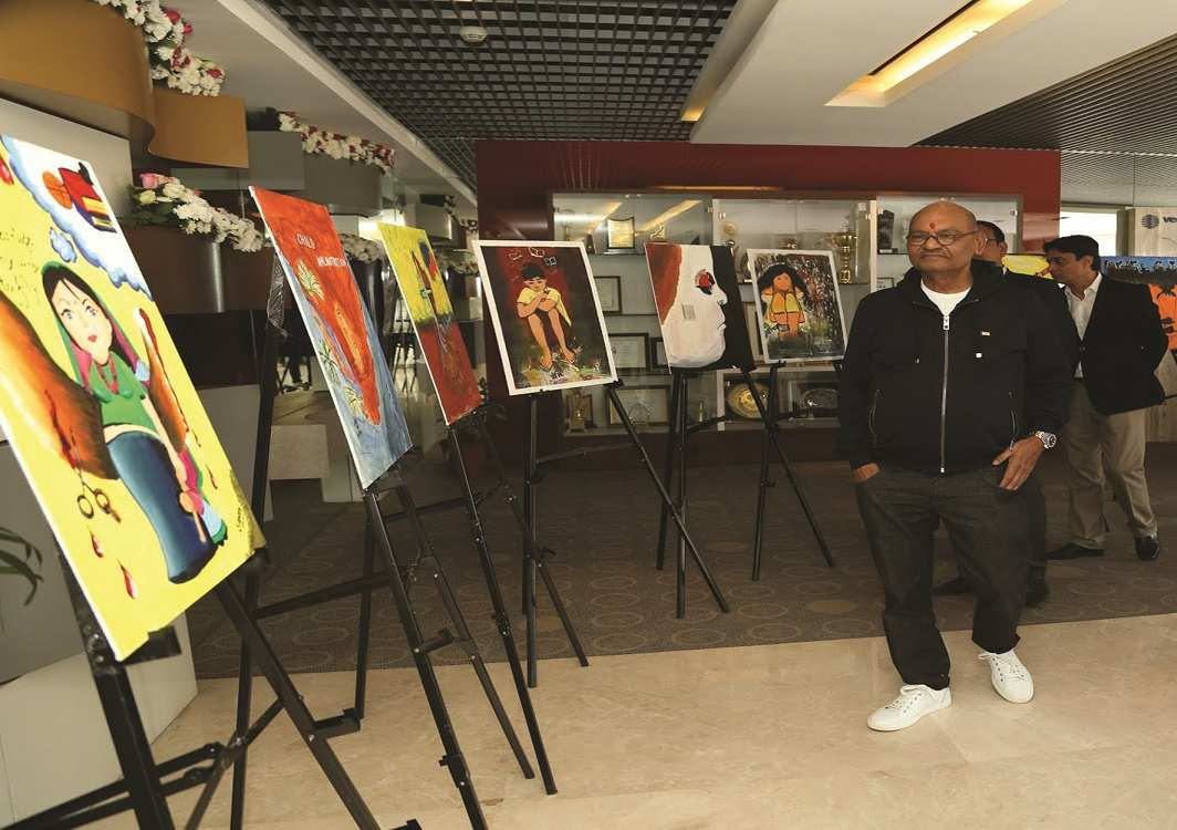 Billionaire Anil Agarwal at an art do. Photo: UNI