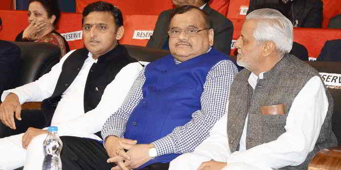 Akhilesh Das Gupta with then UP CM Akhilesh Yadav