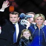 Macron with his wife and mentor Brigitte Trogneux, who is 24 years his senior. Photo: UNI