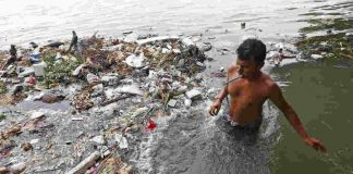 Will giving living entity status to the Ganga save it? Photo: UNI