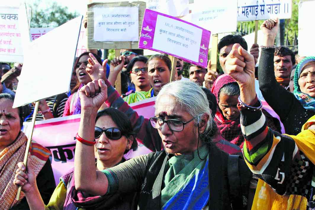 Even before the RTI Act, Aruna Roy and other activists were involved in educating rural citizens that RTI was their fundamental right. Photo: UNI