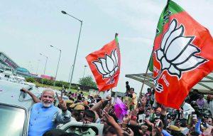 Rahul's magic is nowhere near Narendra Modi's in garnering votes. Photo: UNI