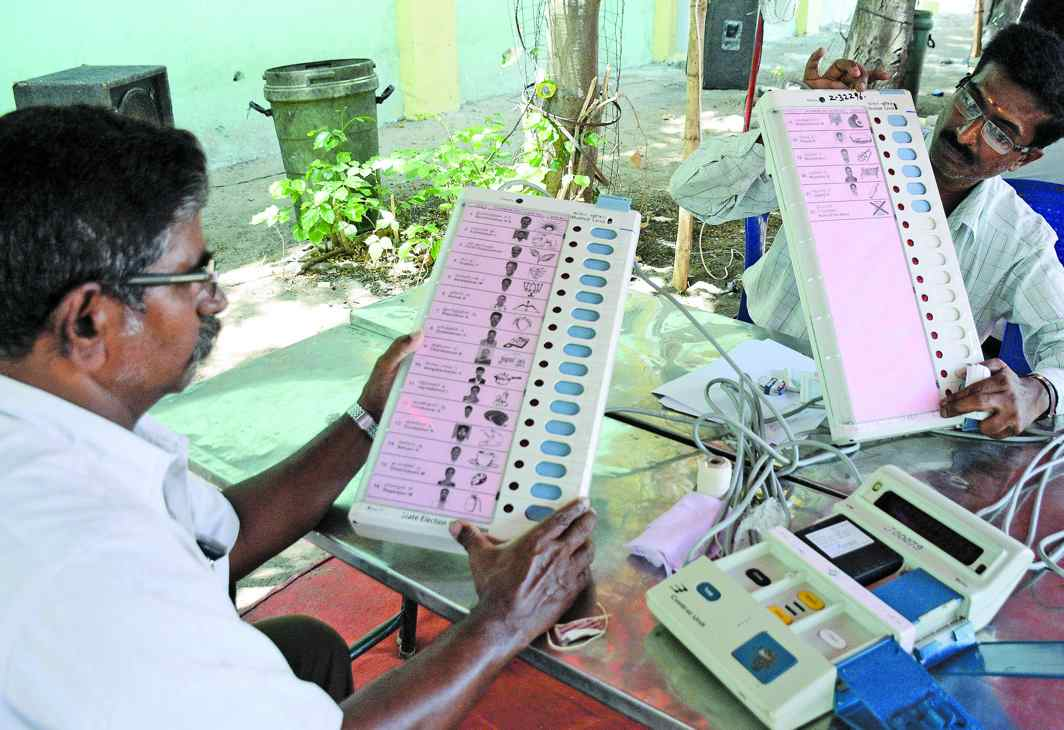 The integrity of EVMs was challenged in 2009, when the most articulate opposition came from those aligned to the BJP. Photo: UNI