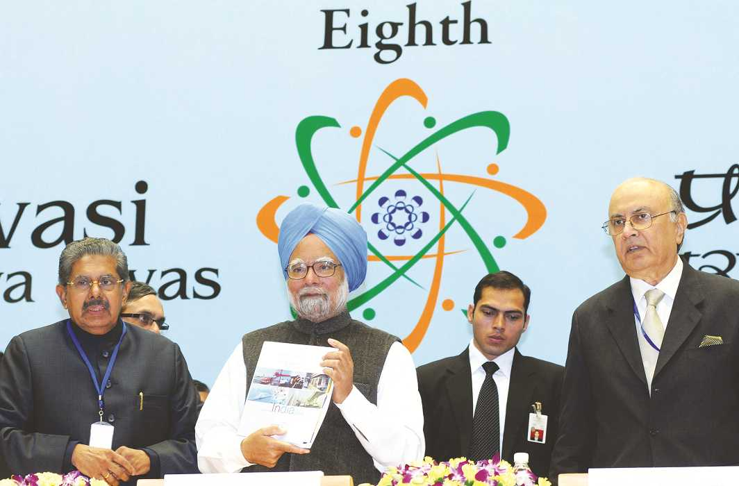 Prime Minister Manmohan Singh had announced at the 8th Pravasi Bharatiya Diwas in 2010 that NRIs would be allowed to vote. Photo: PIB
