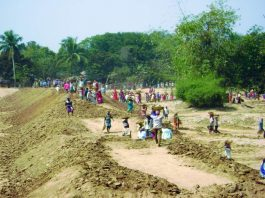 MGNREGA workers in several states have been working at less than the minimum wages. Photo: nregapaschimmedinipur.com