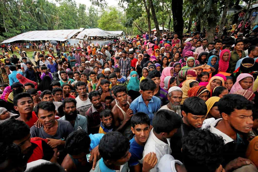At Least 18000 Rohingya Muslims Flee Myanmar for Bangladesh