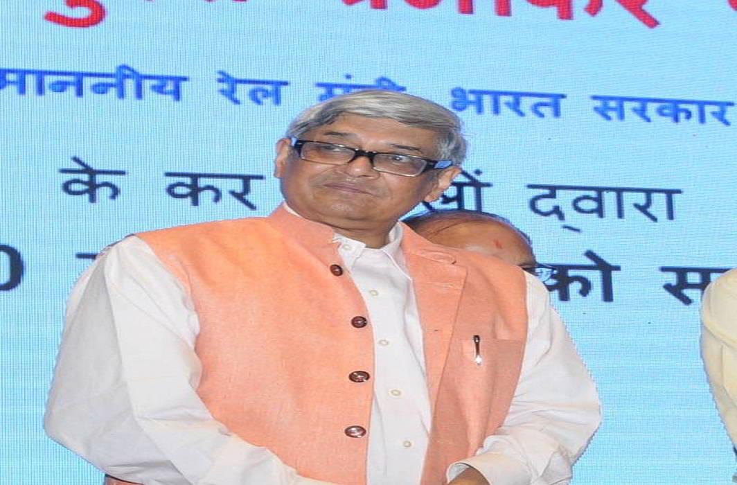 As India's economy stagnates, PM Modi revives UPA's Economic Advisory Council