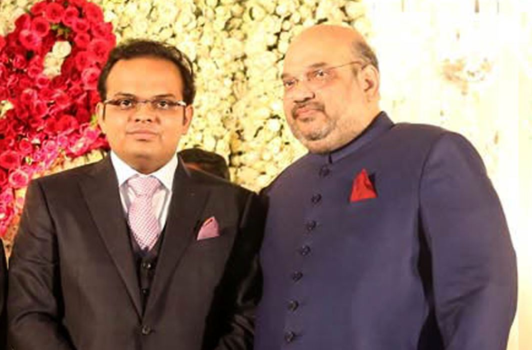 Jay Shah with his father Amit Shah during his marriage reception (file picture). Photo: UNI