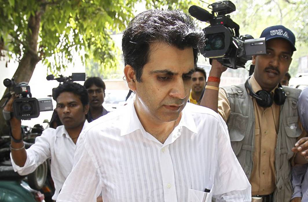 SC asks jailed Unitech MD Sanjay Chandra to deposit Rs 1000 crore