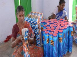 Women laborers working in a firecracker unit