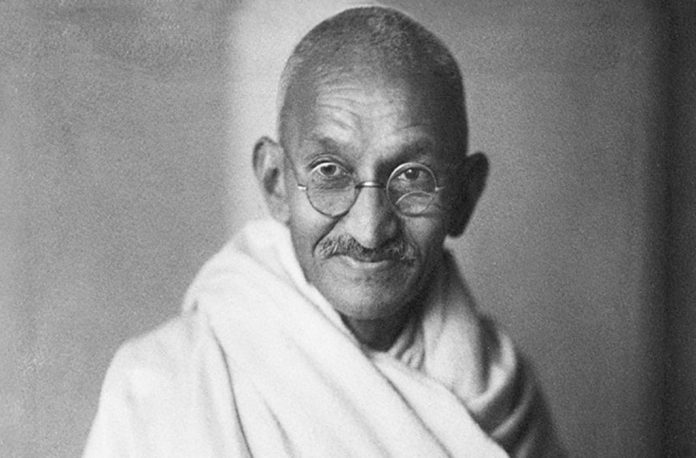 a biography of mahatma gandhi the father of the indian independence movement Historical importance: mohandas gandhi is considered the father of the indian independence movement gandhi spent twenty years in.