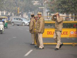 Delhi Police personnel. Photo: Anil Shakya