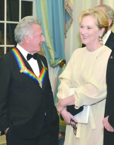 Dustin Hoffman (left) once groped Meryl Streep but later apologised. Streep accepted it. Photo: www.hollywoodtake.com