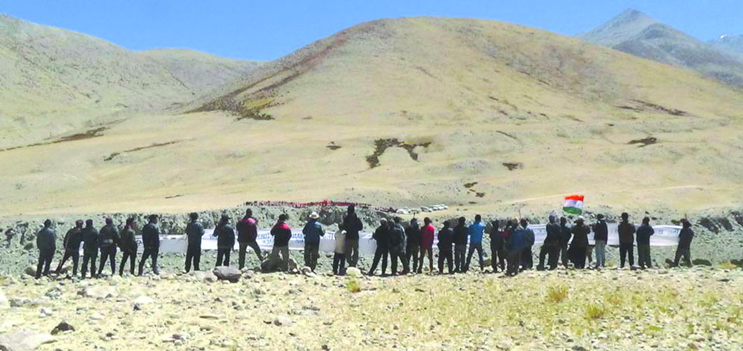 Chinese and Indian civilians during a face-off along the Line of Actual Control in Demchok village in Ladakh. China's growing military and economic power is a concern for India. Photo: UNI