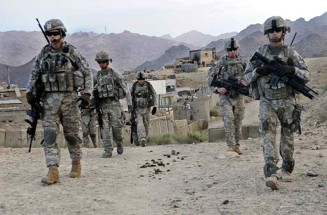 Box picture: US troops conduct a patrol in Baylough, Afghanistan/Photo: Staff Sgt. William Tremblay, U.S. Army