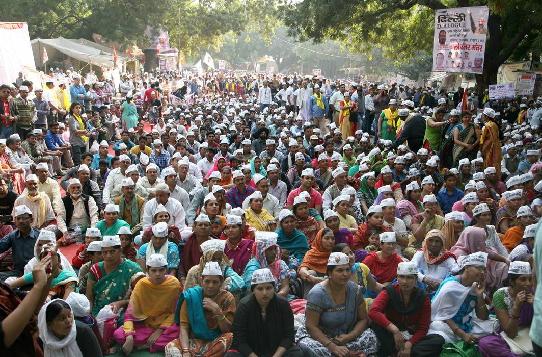 SC issues notice to Delhi Police, NDMC on the banning of protest demonstrations at Jantar Mantar