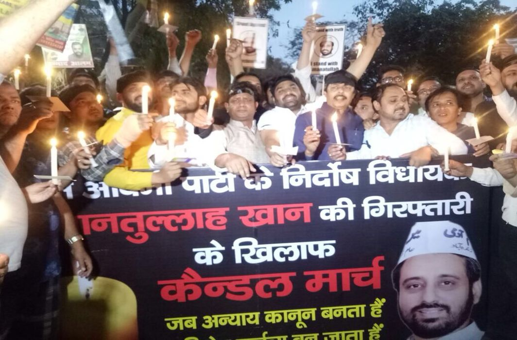 AAP MLAs' bail plea: Strange that educated people in prestigious positions fight like this, comments Delhi HC