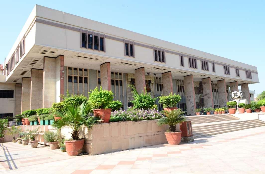 Delhi HC sets aside EC disqualification of BJP's Madhya Pradesh minister Narrotam Mishra