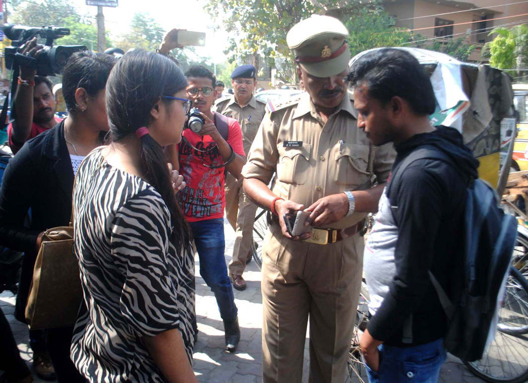 Fifth picture: The anti-Romeo squad of UP hauling up youth in Lucknow/Photo: UNI