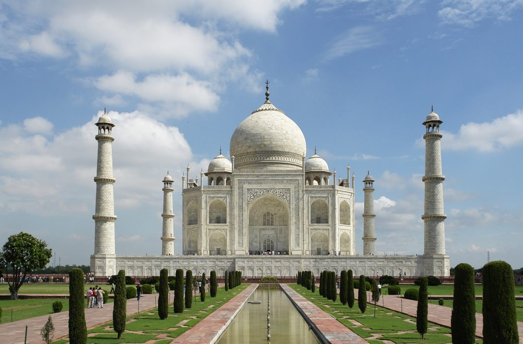 Taj owned by Almighty, but...: Waqf Board to Supreme Court