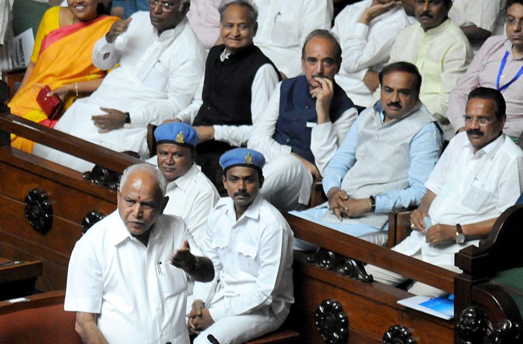 Failing to shore up majority, Yeddyurappa resigns ahead of floor test