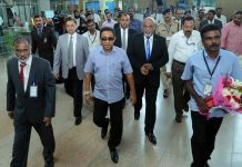 Maldivian president Abdulla Yameen (centre) is opposing India and harming New Delhi's interests/Photo: UNI