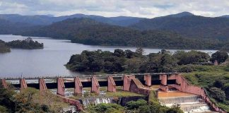 The 100-year-old Mullaperiyar dam is located near the Tamil Nadu-Kerala border