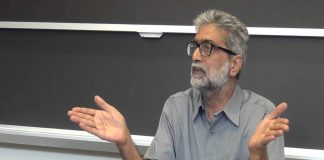 SC issues notice to Gautam Navlakha on plea challenging his release from house arrest