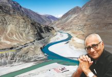 The Indus (on the left) meets with Zanskar river at Ladakh. The threat of going back on the Indus Water Treaty is no bogeyman for Pakistan/Photo: Bernard Gagnon/commons.wikimedia.org