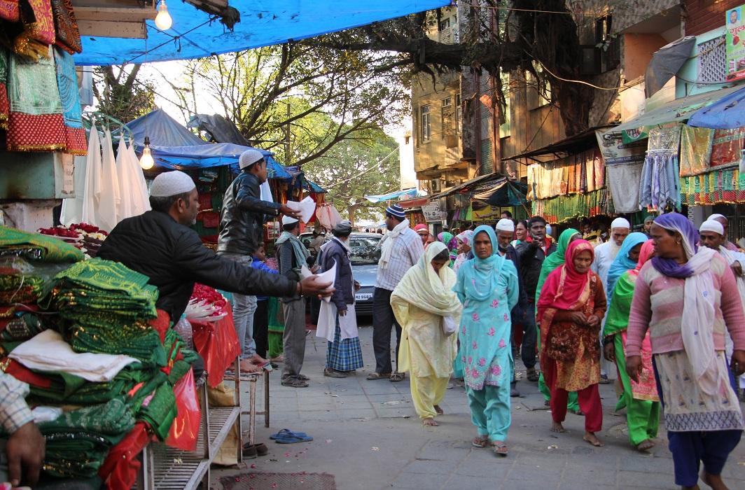 Markets bustle with activity inside the Nizamuddin Basti/Photo: Bhavana Gaur