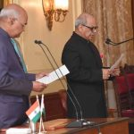 President Ram Nath Kovind administering the oath to Justice Pinaki Chandra Ghose/Photo: UNI