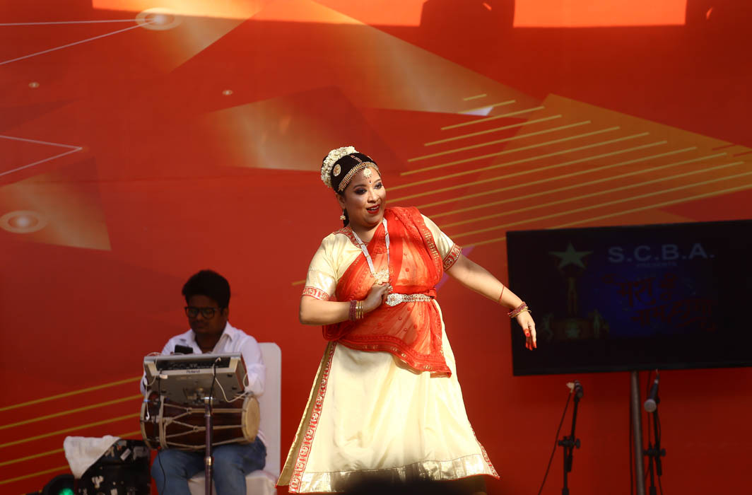 Sneha Kalita of SCBA and one of the contestants performing Ganesh Vandana at the finals
