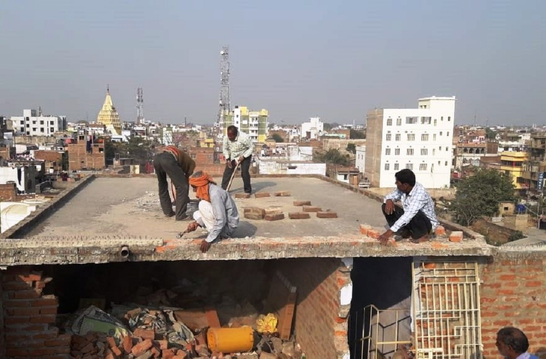 The Muzaffarpur shelter home being demolished after it was found that the building had violated the approved plan/Photo: twitter.com/ANI