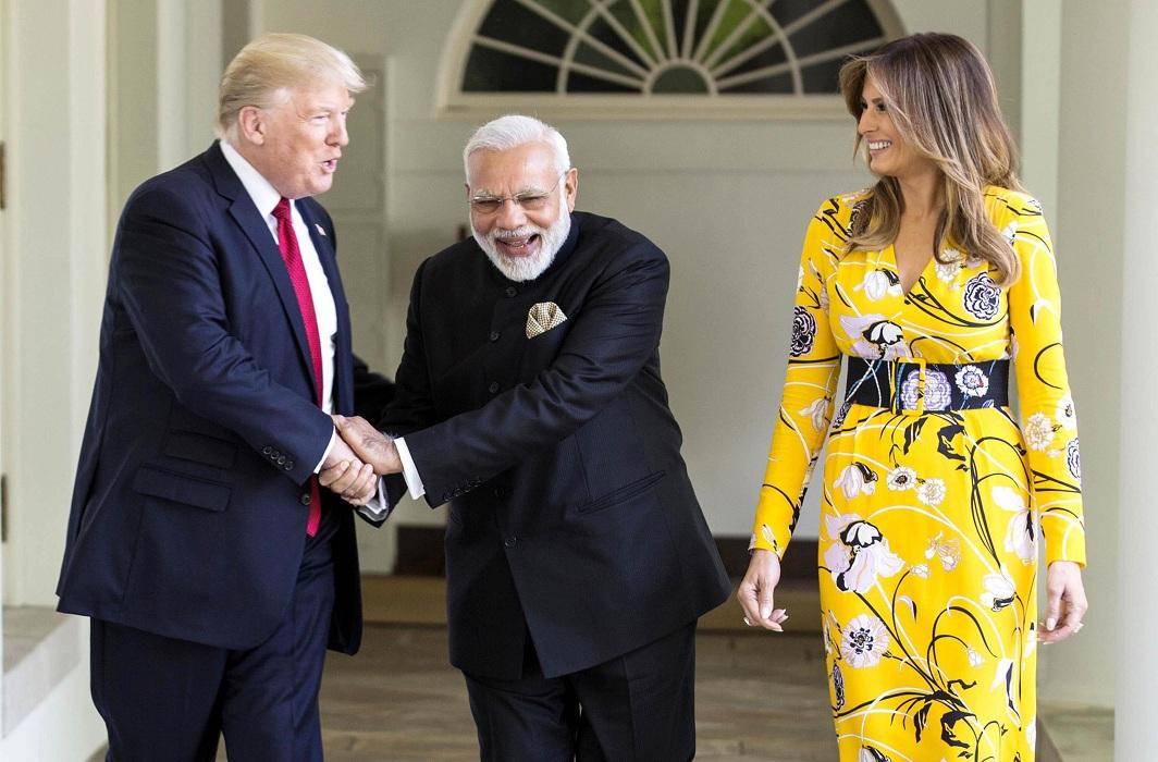 Modi with Donald and Melania Trump/Photo: UNI