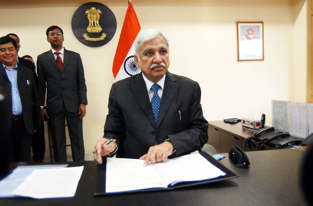 CEC Sunil Arora's approach in dealing with MCC complaints from the Opposition parties was questionable/Photo: UNI