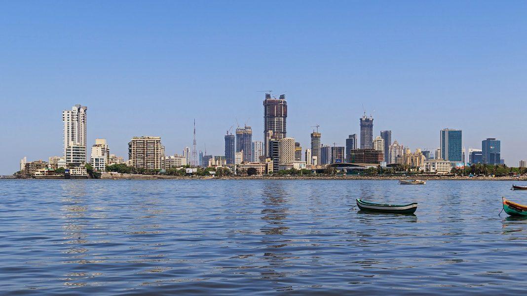 IT Raids on Mumbai Realtor Unearth Tax Evasion of Rs 700 Cr Plus
