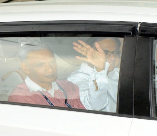 Former Finance Minister P Chidambaram being taken to the CBI court, in New Delhi/Photo: UNI
