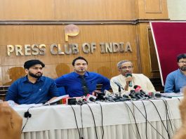 Dr Kafeel Khan addressing the press conference/Photo: Twitter
