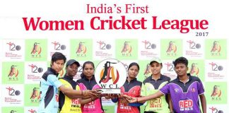 QUEST TO BE BEST: Captains of six women's teams—from Gargi College, Lakshmibai College, Bharti College, KLM Dayanand College, Jesus and Mary College (JMC) and Kamla Nehru College (KNC)—unveil the trophy of India's First Women Cricket League's WCL #T20 Inter-College Talent Hunt Tournament, UNI