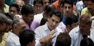 Kapil Mishra says assault on him planned by AAP leaders, to meet ACB officials