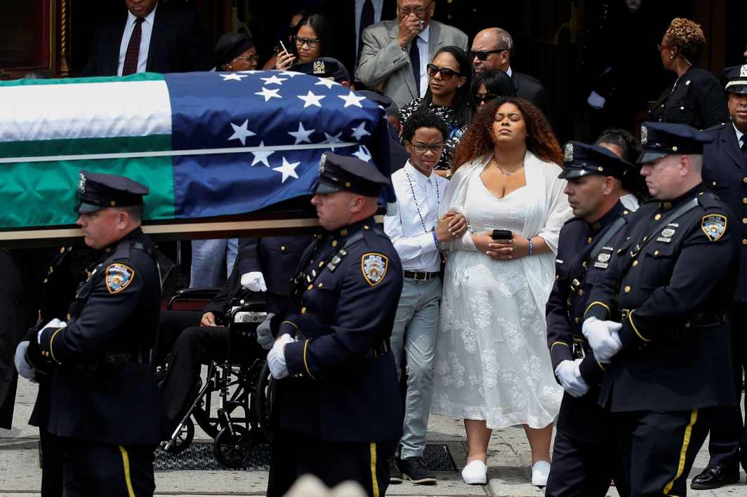 REST IN PEACE: A coffin containing slain New York City Police Department (NYPD) officer Miosotis Familia is carried from the World Changers Church as her family members look on following her funeral service in the Bronx borough of New York City, US, Reuters/UNI