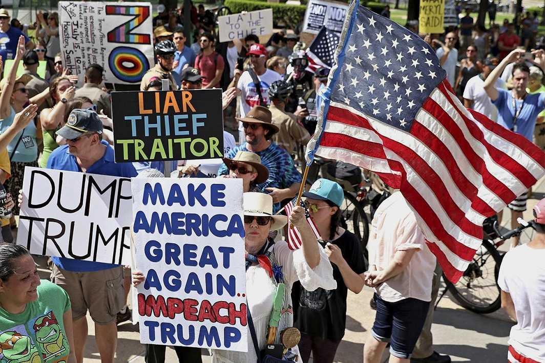 Trump faces Nationwide Protests demanding Impeachment