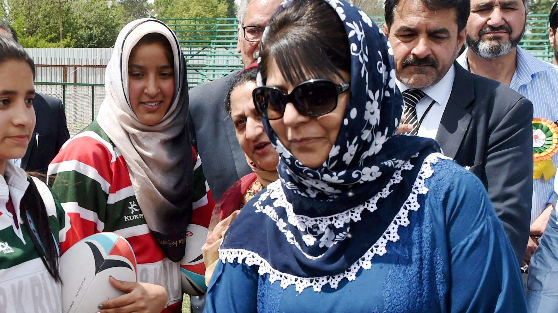 Mufti says modi assured her of saving J&K special status