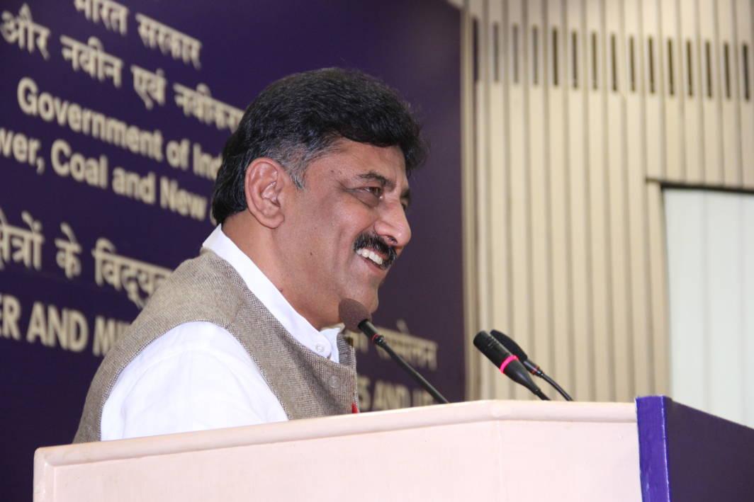 IT department raids Karnataka minister's house