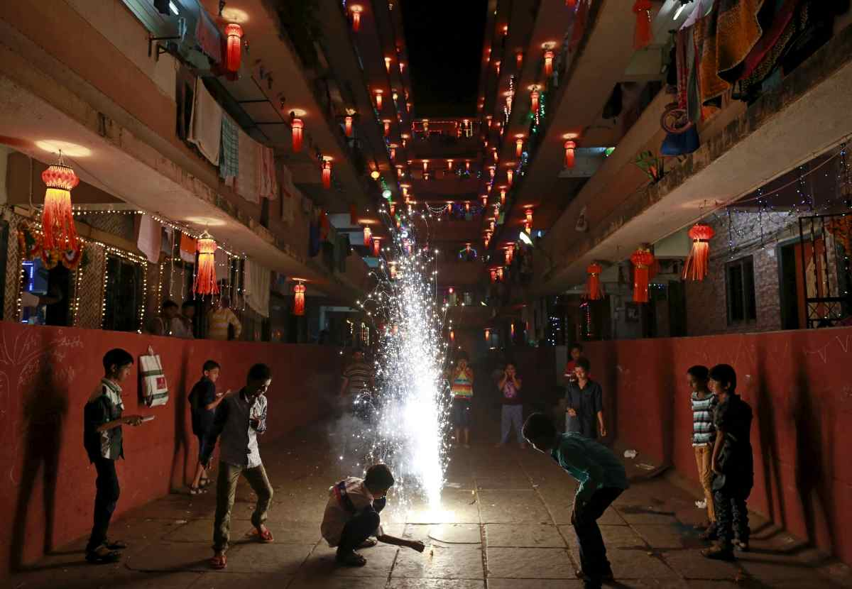 Ahead of Diwali, Supreme Court modifies its order against firecrackers in Delhi