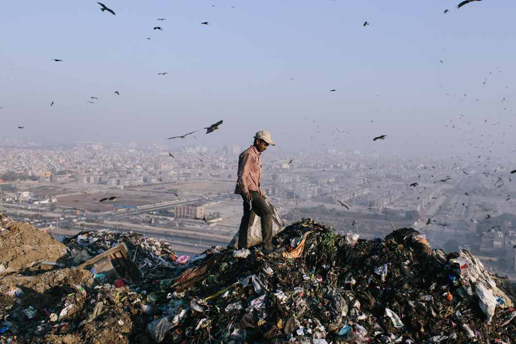 2 killed as garbage dump collapses in Delhi's Ghazipur