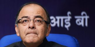 As GDP slumps to three-year low at 5.7 %, Congress hits out at Centre over DeMo, GST